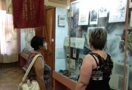 экскурсии с почетным гостем города внучкой генерал-майора И.В. Панфилова Айгуль Байкадамовой.